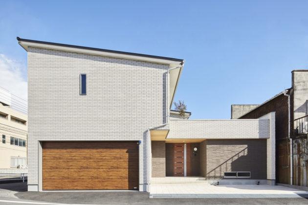 ビルトインガレージのある家 | 施工例